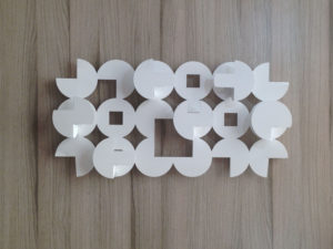 Perchero de lamina electropintado en color blanco